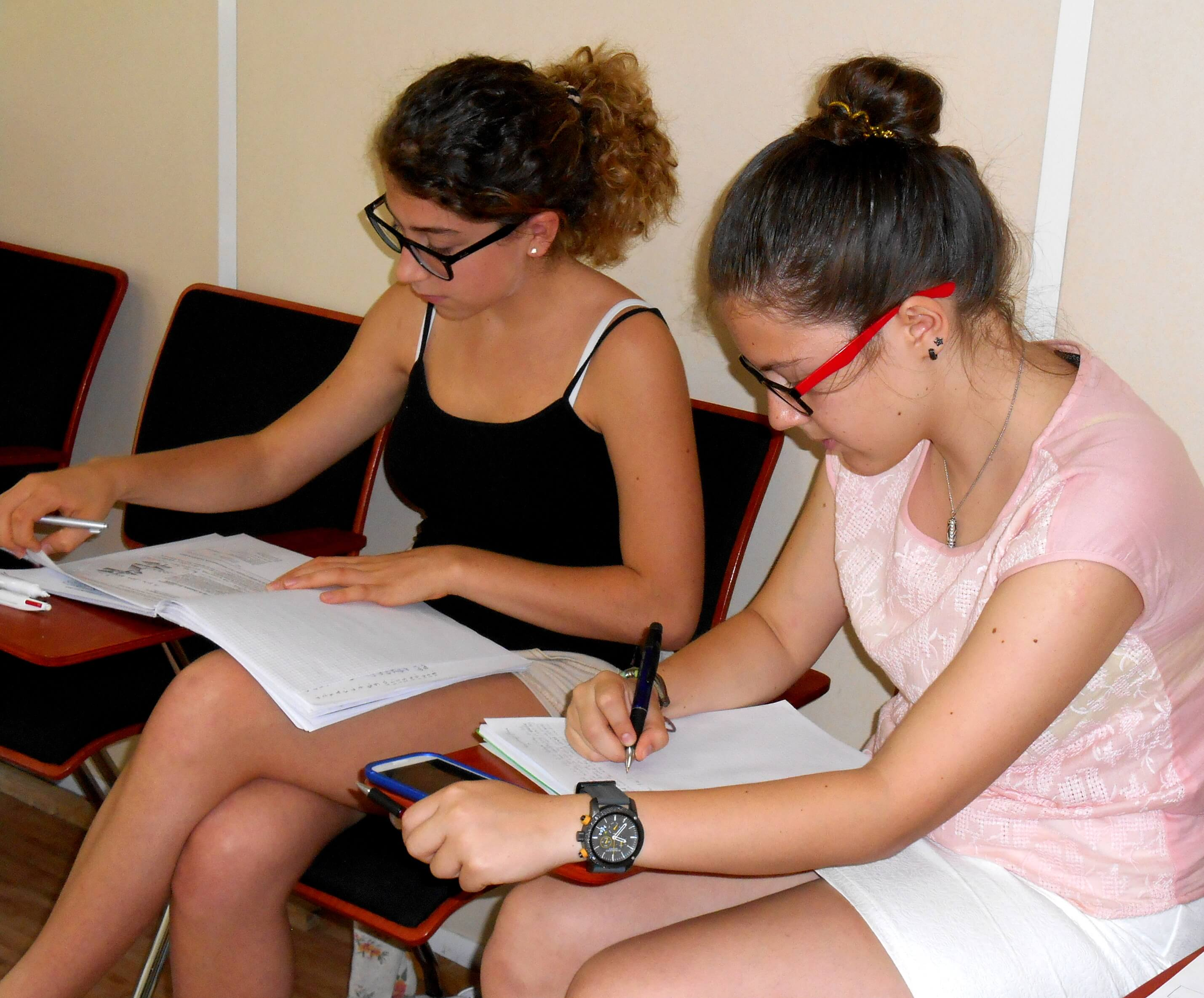 AS Level Preparation Course - French language course